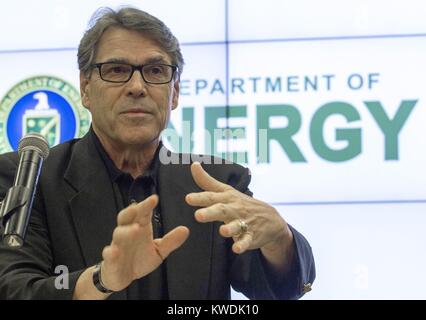 US Department of Energy Sec. Rick Perry speaking at Energy Technology Laboratory, July 7, 2017. During the 2012 - Stock Photo