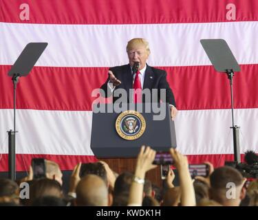 President Donald Trump speaks to US at Naval Air Station Sigonella, Italy, May 27, 2017. Trump traveled to Sicily - Stock Photo