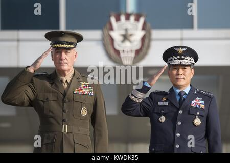 42nd Military Committee Meeting in Seoul, South Korea, Oct. 27, 2017. Marine Corps Gen. Joe Dunford, Chmn., Joint - Stock Photo