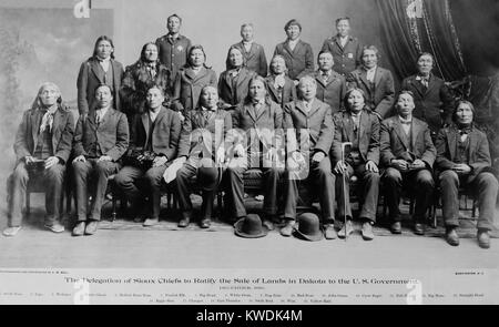 Sioux chiefs who ratified the sale of Indian land to the US government, Dec. 1889. These chiefs lost prestige for - Stock Photo