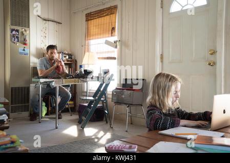 RELEASE DATE: April 12, 2017 TITLE: Gifted STUDIO: Twentieth Century Fox DIRECTOR: Marc Webb PLOT: Frank, a single - Stock Photo