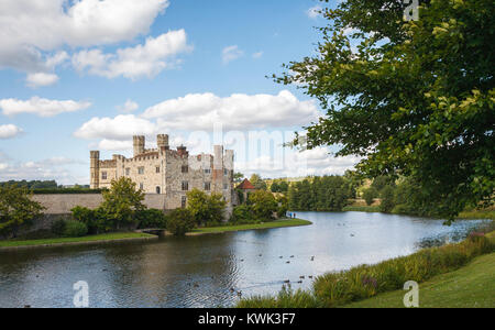 View of the exterior of Leeds Castle and its moat, near Maidstone, Kent, southeast England, UK on a sunny day with - Stock Photo