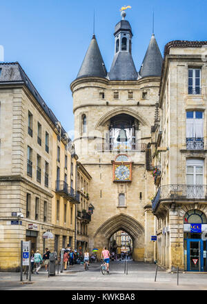 France, Gironde department, Bordeaux, 15th century Porte de la Grosse Cloche (Gate of the Big Bell) - Stock Photo