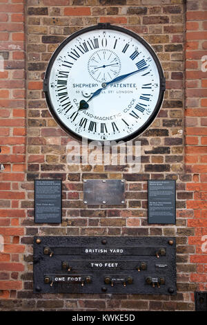 The Shepherd Gate clock, Public Measures of Length and Ordnance Survey Bench Mark, Royal Observatory, Greenwich, - Stock Photo