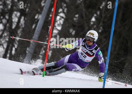 Zagreb, Croatia. 04th Jan, 2018. Yuasa Naoki of Jpn competes during the Audi FIS Alpine Ski World Cup Mens Slalom, - Stock Photo