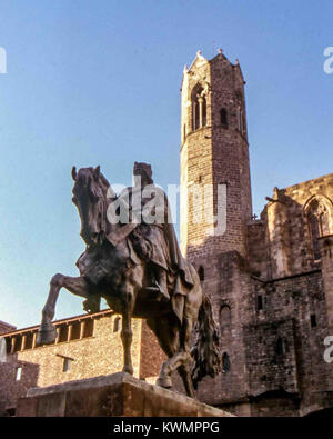 Barcelona, Catalonia, Spain. 4th Jan, 2018. Equestrian Statue of James I the Conqueror, King of Aragon and Count - Stock Photo
