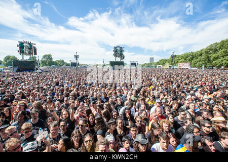 The stage area is packed at the Motörhead concert at the Barclaycard Theatre stage at the British Summer Time festival - Stock Photo