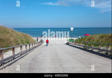 Beach access at Dierhagen, Fishland, Mecklenburg-Western Pomerania, Baltic sea, Germany, Europe - Stock Photo