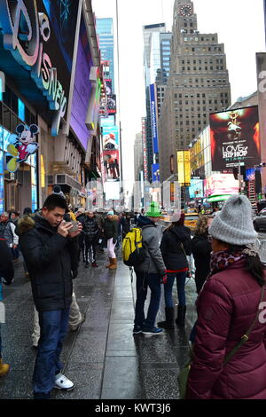 Getting ready for the new year, Times Square, New York - Stock Photo