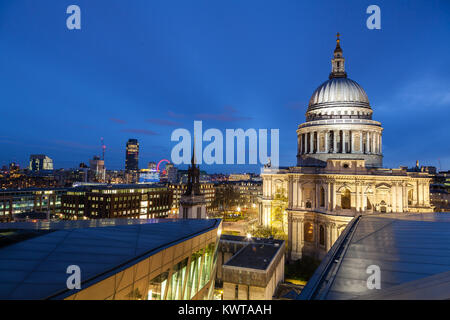 Twilight at Saint Paul Cathedral Dome - Stock Photo