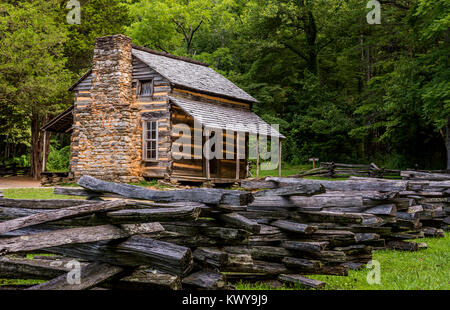 John Oliver cabin in Cades Cove, Great Smoky Mountains National Park. - Stock Photo