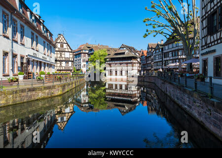 Maison des Tanneurs and timbered houses along the ILL canal, Petite France District, Strasbourg, Alsace, Bas-Rhin - Stock Photo
