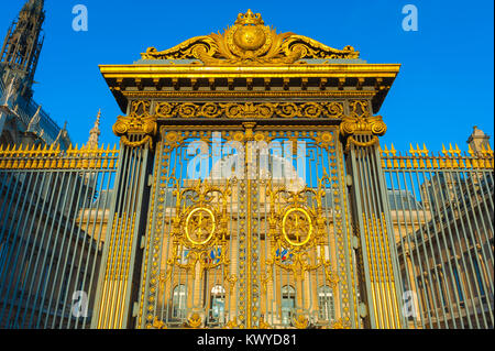 Paris Palais de Justice, view of the richly gilded gates of the Palais de Justice, the supreme court of law in Paris, - Stock Photo