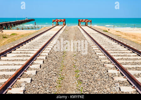 The end of Talaimannar railway track, Sri Lanka. Talaimannar is located on the Mannar Island and about 18 miles - Stock Photo
