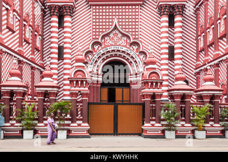 Jami-Ul-Alfar Mosque or Red Masjid Mosque is a historic mosque in Colombo, capital of Sri Lanka - Stock Photo