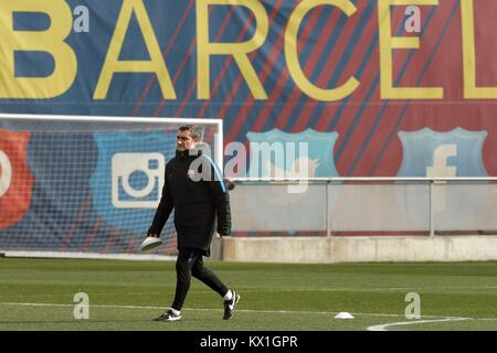 FC Barcelona's head coach Erneso Valverde leads a team's training session at Sant Joan Despi sport complex in Barcelona, - Stock Photo
