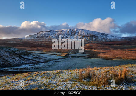 North Yorkshire / UK - January 6th 2018: Winter conditions return to Yorkshire as Pen-Y-Ghent, one of Yorkshire's - Stock Photo
