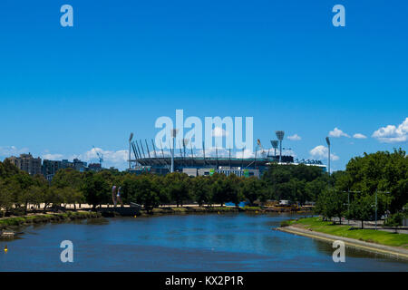 The Yarra river and the Melbourne Cricket Ground (MCG), Melbourne, Victoria, Australia. - Stock Photo