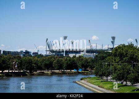 The Yarra river and the Melbourne Cricket Ground (MCG), Melbourne, Victoria, Australia. The Melbourne Cricket Ground - Stock Photo