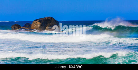 Large waves breaking at Redgate Beach near Margaret River. - Stock Photo