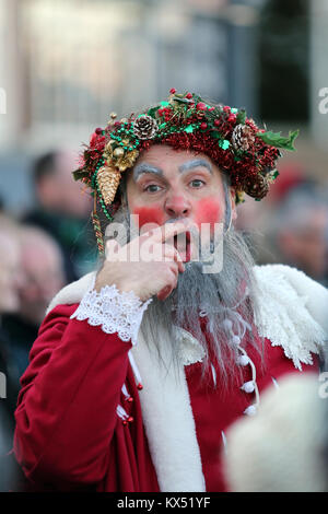 Bankside, London, UK. 7th January 2018. The Lions Part Twelfth Night Celebrations. Credit: Simon Balson/Alamy Live - Stock Photo