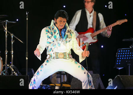 Birmingham, UK. 6th Jan, 2018. A hopeful contestant at the finals of the Elvis European Championship at the Hilton - Stock Photo
