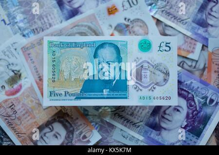 The new 2016 polymer five pound bank note from the Bank of England - Stock Photo