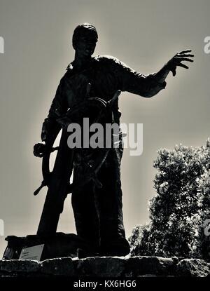Creepy looking bronze statue of a fisherman at Mooloolaba, Sunshine Coast, Queensland, Australia - Stock Photo