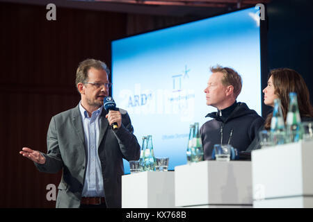 vl: Hajo SEPPELT (ARD Doping-Experte), Dieter THOMA (ARD Skisprung-Experte) und Katarina WITT (ARD Olympia-Expertin) - Stock Photo