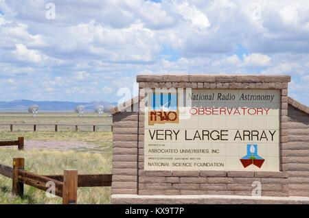 very large array national radio astronomy observatory new mexico USA - Stock Photo