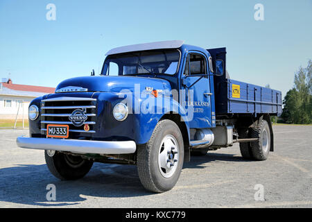 KOSKI TL, FINLAND - JULY 26, 2014: Classic Volvo N84 truck parked. With N84, Volvo introduced its 'System 8' in - Stock Photo