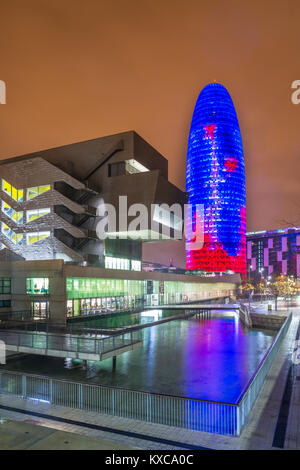 Building Design Hub Barcelona, by MBM architects. Agbar Tower, by Jean Nouvel. Glories district. Barcelona. Spain. - Stock Photo