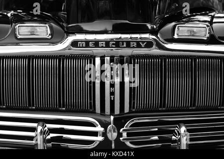 Black & chrome front end of an old classic American automobile - Stock Photo