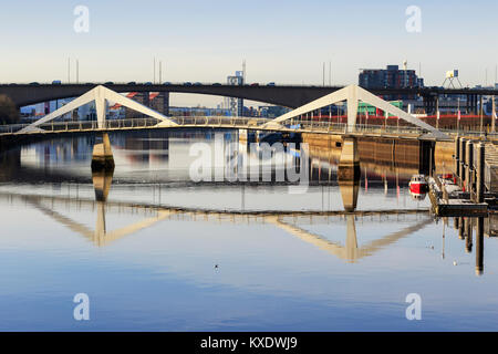 View west along the River Clyde from trhe Broomielaw at Anderston commercial district towards the Tradeston Bridge - Stock Photo