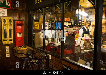UK, England, Cheshire, Nantwich, Hospital Street, AT Welch (Austin's) Yesteryear Shop display - Stock Photo