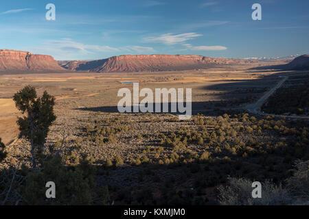 Paradox, Colorado - The Paradox Valley in western Colorado. The Dolores River cuts across the valley, flowing through - Stock Photo