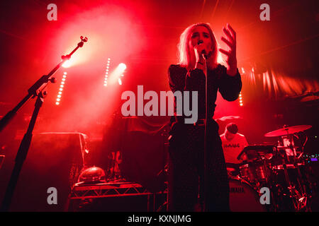 Cambridge, UK. 10th Jan, 2018. Yonaka perform live at the Cambridge Junction supporting The Cribs. Credit: Richard - Stock Photo