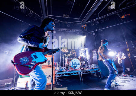 Cambridge, UK. 10th Jan, 2018. English indie rock band The Cribs perform live at the Cambridge Junction supporting - Stock Photo