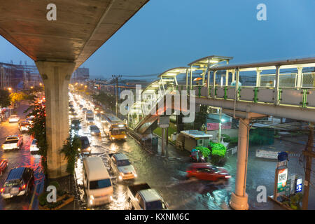 Bangkok, Thailand - January 10,2018 : Terrible flooding in early morning on workday caused from heavy rainy all - Stock Photo