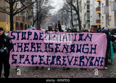 Berlin, Germany. 11th Jan, 2018. After the eviction, refugees and supporters demonstrated against deportations and - Stock Photo