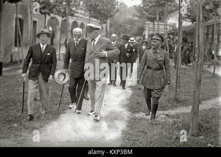 El general Miguel Primo de Rivera en San Sebastián (2 de 15) - Fondo Car-Kutxa Fototeka - Stock Photo