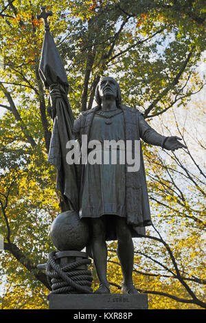 New York, New York State, United States of America.  Statue in Central Park of Italian explorer Christopher Columbus, - Stock Photo