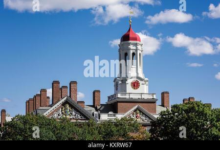 Dunster House dormitory with clock tower, Harvard University, Cambridge, Massachusetts, USA. - Stock Photo