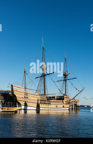 Mayflower II is a replica of the 17th-century ship Mayflower, celebrated for transporting the Pilgrims to the New - Stock Photo