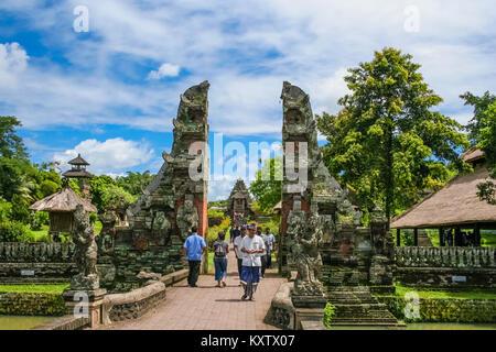 The main entrance, a split gate (candi bentar), of Pura Taman Ayun in Mengwi, Bali, Indonesia. - Stock Photo
