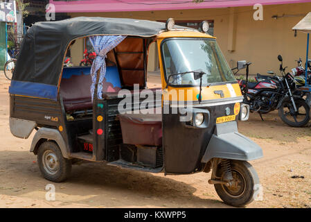 JAIPUR, INDIA - CIRCA NOVEMBER 2017: Auto rikshaw in street - Stock Photo