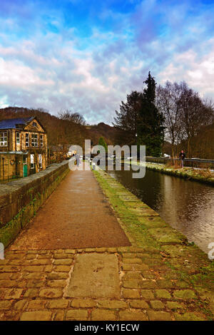Towpath and lock gates on the Rochdale Canal at Sowerby Bridge West Yorkshire UK - Stock Photo