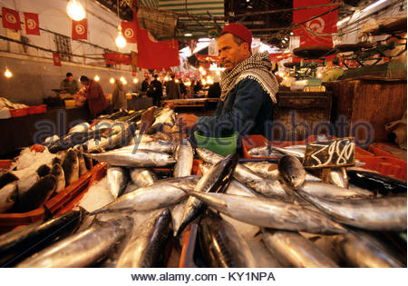 Tunisia tunis a fish market stock photo royalty free for Vente poisson rouge tunisie
