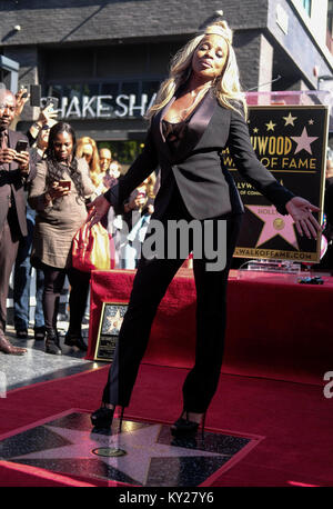 Los Angeles, USA. 11th Jan, 2018. Singer and actress Mary J. Blige attends her star unveiling ceremony on the Hollywood - Stock Photo