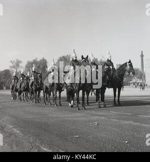 1950s, historical, mounted guards of the Queen's Household Cavalry  in training on the parade ground at Whitehall, - Stock Photo